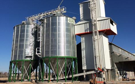 2. silos con tolva