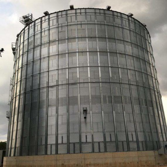 silo por syb schmitt